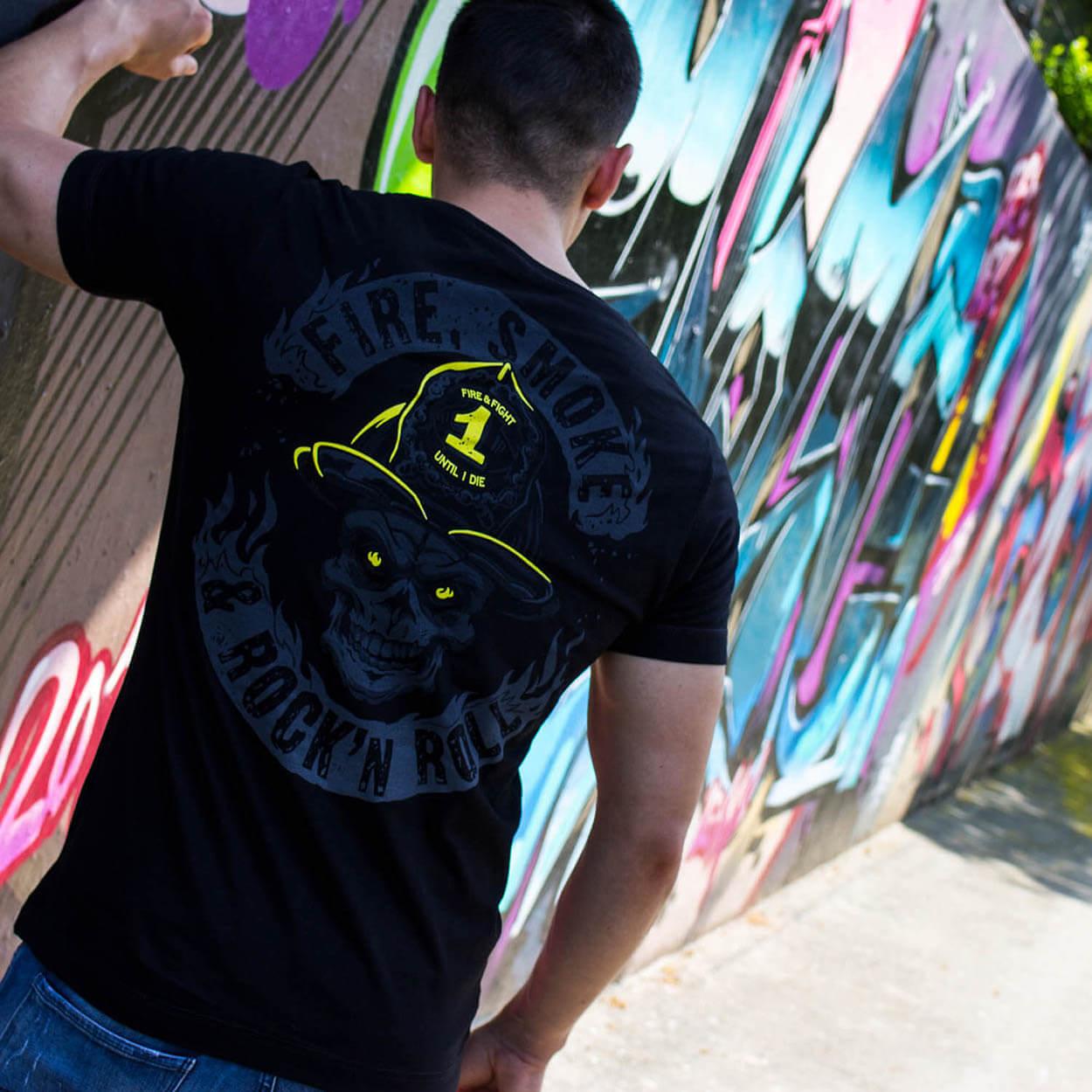 Fire Smoke & Rock´n Roll Dark Line Männer T-Shirt