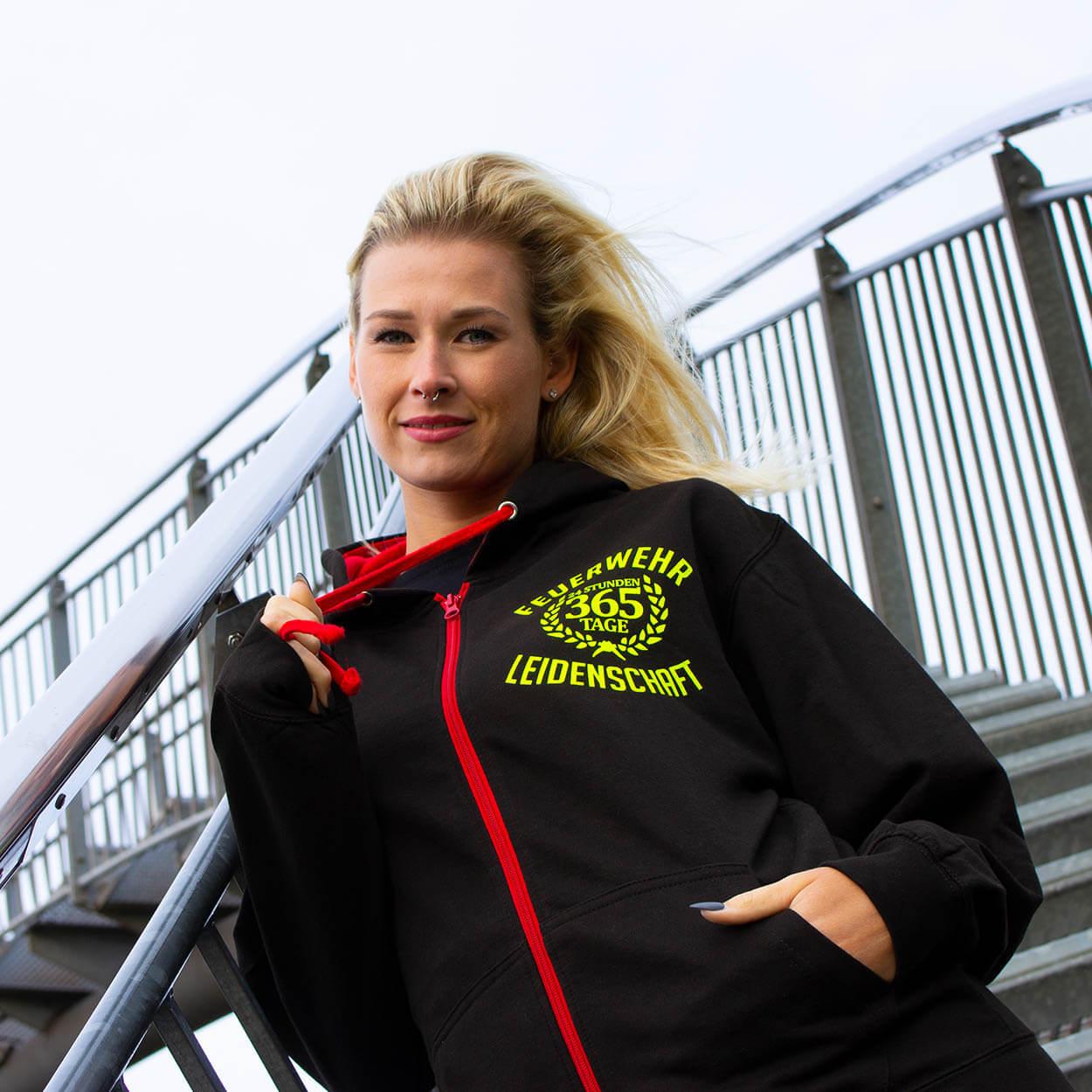 Leidenschaft Feuerwehr Frauen Kapuzenjacke Farbe schwarz