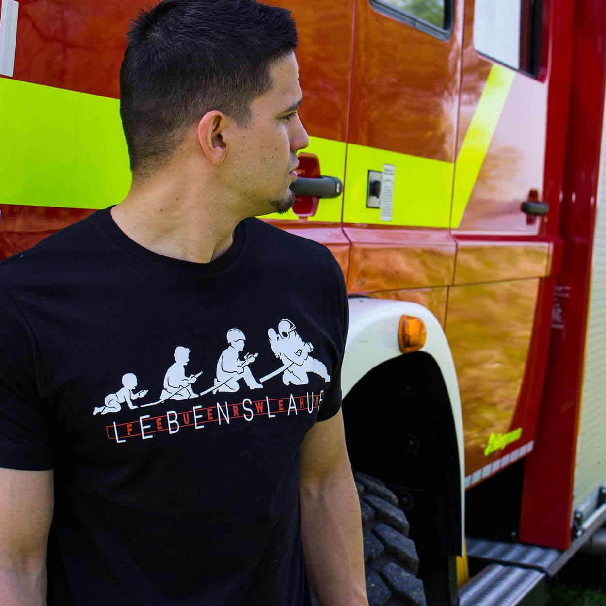 Lebenslauf Feuerwehr - Männer T-Shirt schwarz